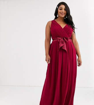 TFNC Plus Plus Bridesmaid maxi dress with satin bow back in mulberry-Red
