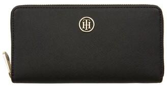 Tommy Hilfiger Large Monogram Zip Wallet