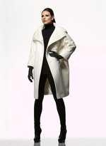 Isabella Oliver 365 The O Coat