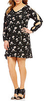Chelsea & Theodore Plus V-Neck Long Sleeve Floral Swing Dress
