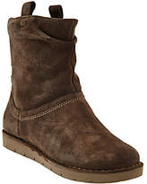 Clarks Suede Boots - Un.Ashburn