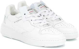 Givenchy Wing Low leather sneakers