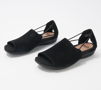 Earth Leather Perforated Sandals - Alder Abra