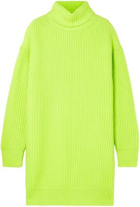 Christopher Kane Oversized Ribbed Cashmere Turtleneck Sweater