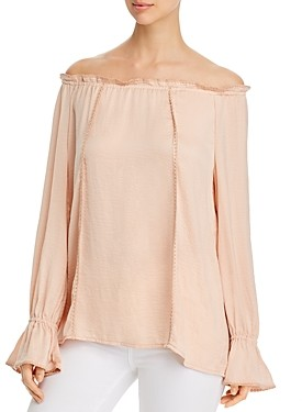 Single Thread Off-the-Shoulder Blouse
