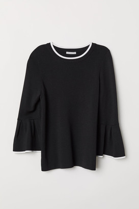 H&M Flounce-sleeved Sweater - White