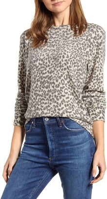 Loveappella Loveapella Brushed Leopard Print Long Sleeve Crewneck Top