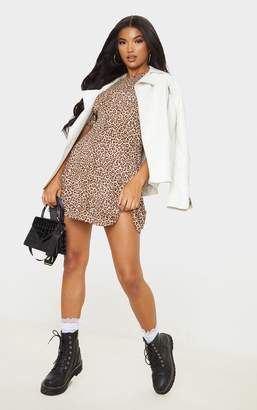 PrettyLittleThing Brown Leopard Print Gathered Bust Shift Dress