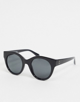Noisy May oversized round sunglasses in black