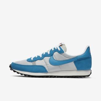 Nike Men's Shoe Challenger OG