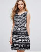 Yumi Dress In Geometric Diamond Print