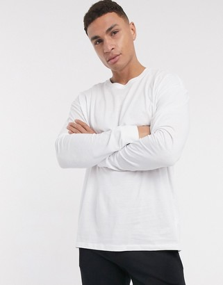 New Look oversized long sleeve tee in white