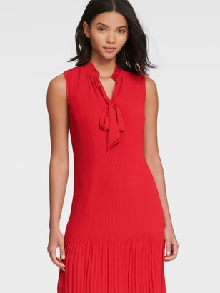 DKNY Women's Sleeveless Tie Neck Pleated Shift Dress - Scarlet - Size 10