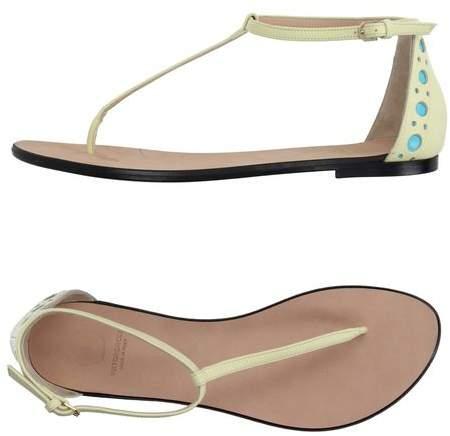 Viktor & Rolf Toe post sandal