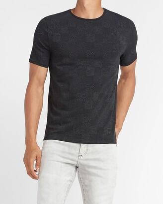 Express Checkerboard Moisture-Wicking Performance T-Shirt