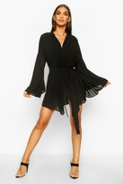 boohoo Wide Sleeve Woven Wrap Dress