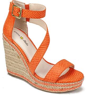 Seven Dials Womens Wedge Sandal
