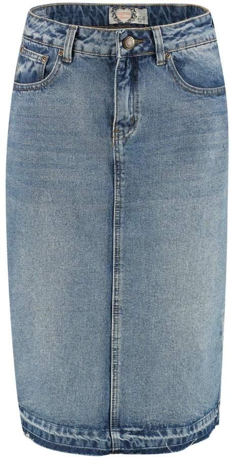 boohoo Tall Sadie Denim Washed Midi Skirt