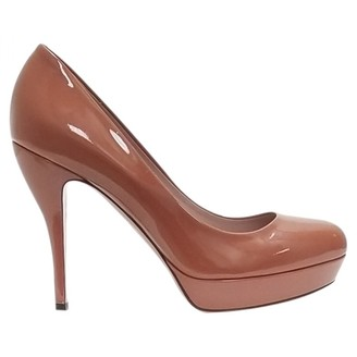 Gucci Camel Patent leather Heels