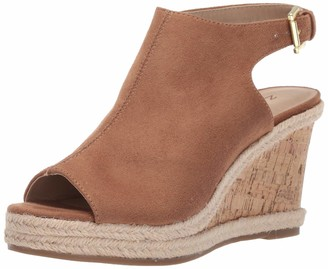 Zigi Women's Ivanna Wedge Sandal Tan 6.5 Medium US