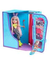 Bratz #SelfieSnaps Photo Booth and Doll