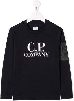 C.P. Company Kids logo print longsleeved T-shirt