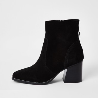 River Island Womens Black suede block heel ankle boot