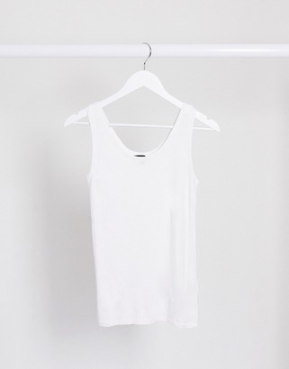 Selected singlet top with scoop neck in white
