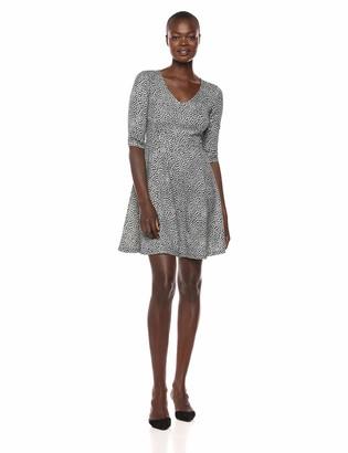 Lark & Ro Women's Three Quarter Sleeve V-Neck Fit and Flare Dress