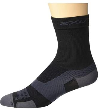 2XU VECTR Ultralight Crew Socks (Black/Titanium) Crew Cut Socks Shoes
