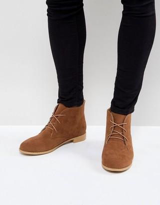 Brave Soul Desert Boots In Tan