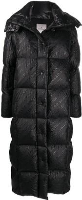 Moncler Paraiba logo print puffer coat