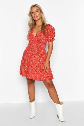 boohoo Plus Ditsy Floral Wrap Skater Dress