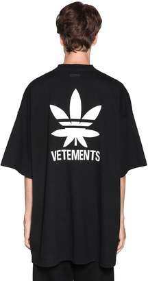 Vetements OVERSIZE LOGO PRINTED COTTON T-SHIRT