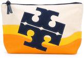Tory Burch Beach logo clutch