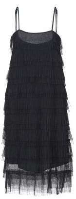 Opera Knee-length dress
