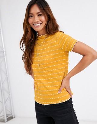 Pimkie ribbed detail t shirt in mustard-Yellow
