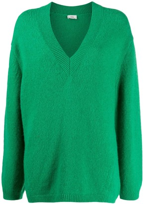 Closed oversized V-neck jumper