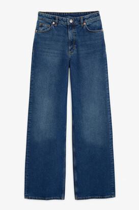 Monki Yoko classic blue jeans
