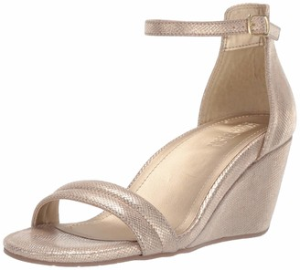 Kenneth Cole Reaction Women's 7 Cake Icing Wedge Sandal