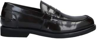 MONKS Loafers