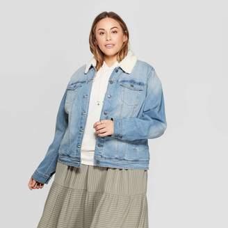 Universal Thread Women's Plus Size Sherpa Collared Denim Jacket Light Wash