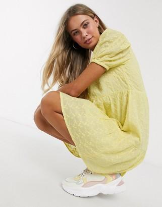 Influence button through tea dress in lemon