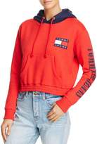 Tommy Jeans '90s Color-Block Cropped Hoodie