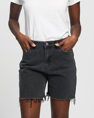 Lee Women's Black Denim - Straight Shorts - Size 6 at The Iconic