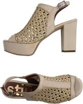 STIÙ Sandals