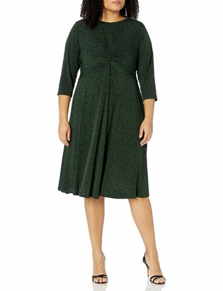 Donna Morgan Women's Plus Size Matte Jersey Twist Front Fit and Flare Dress