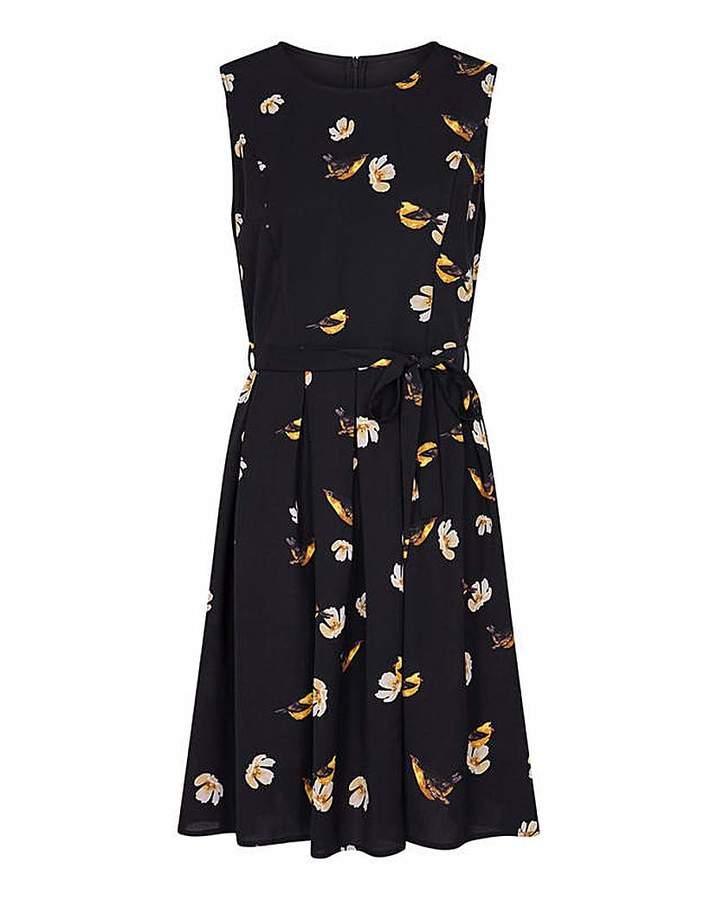 Yumi Curves Bird Print Skater Dress
