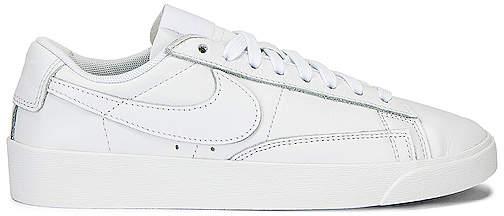 buy online d4167 f8b1d Blazer Low LE Sneaker