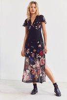 Kimchi & Blue Kimchi Blue Sheer Floral Print Midi Dress